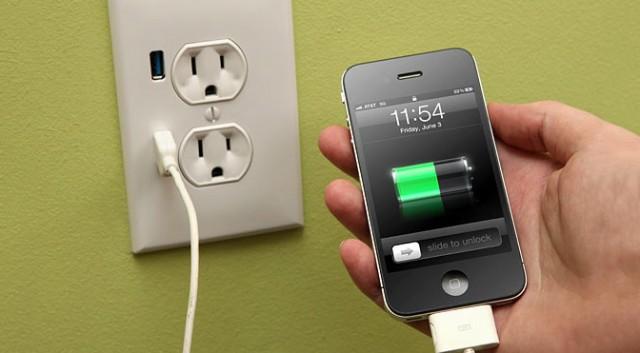 Sạc iPhone không vào
